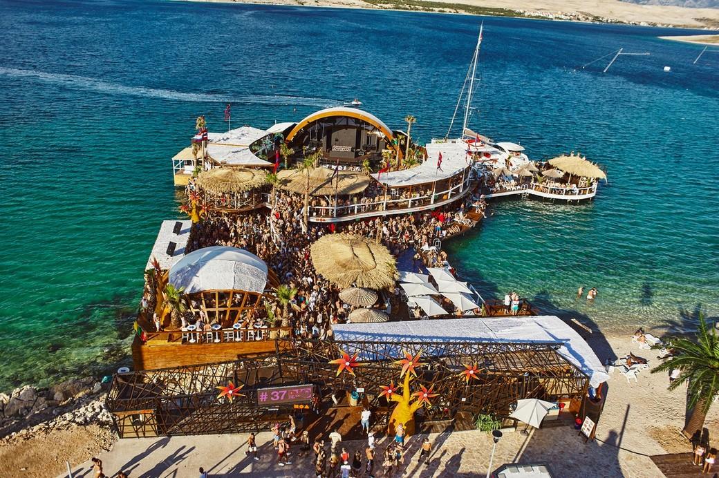 Noa Beach Club Insel Club