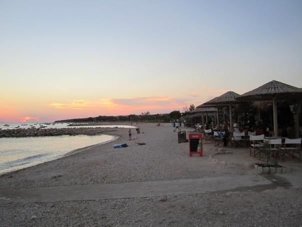 Strandbar Caska