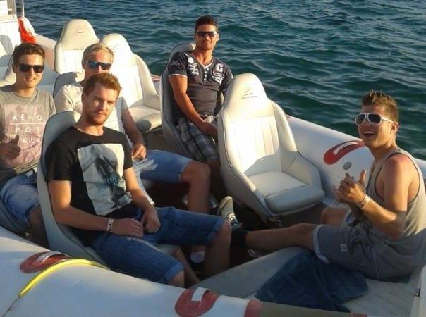 Start zur Speedbootfahrt