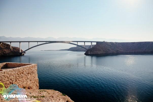 Brücke auf die Insel Pag