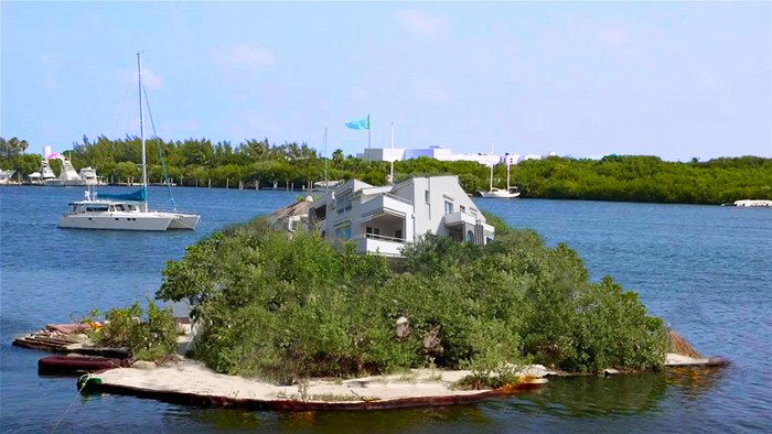Fake islands at Zrce
